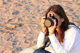 woman tourist 1