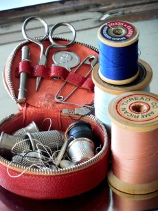 sewing-907803_1280